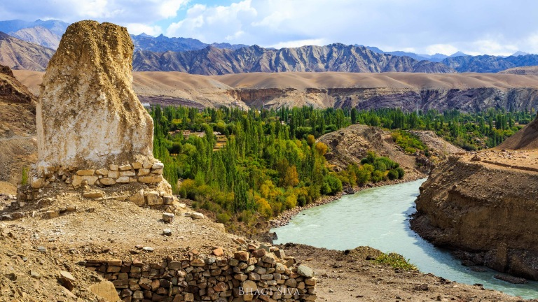 The famous Indus river valley in Ladakh